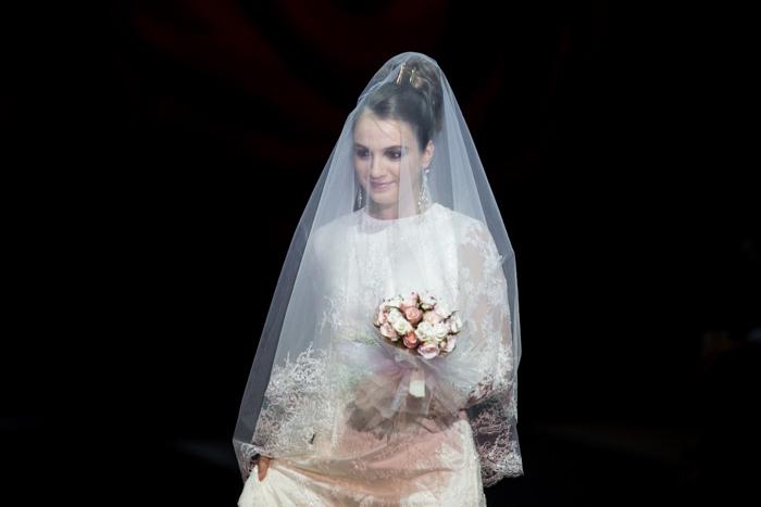 Невеста и Камера. Фото: Сергей Лучезарный/Великая Эпоха (The Epoch Times)