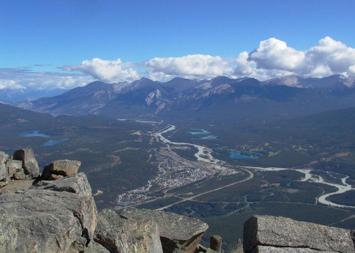 В канадских горах появится смотровая площадка со стеклянным полом. Фото: Daniel van der Ree/Commons.wikimedia.org