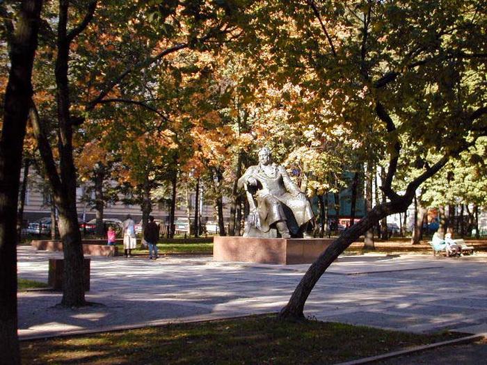 Памятник И.А. Крылову. Фото: commons.wikimedia.org
