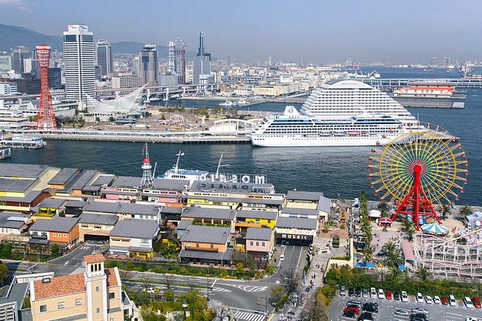 Кобе является одним из главных портов Японии и центром международной торговли. Фото:  663highland/commons.wikimedia.org