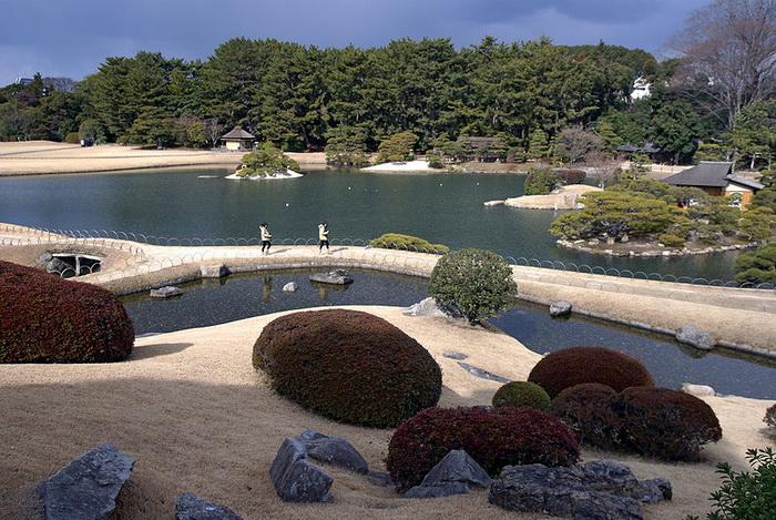 Японский сад, Окаяма, Япония. Фото: 663highland/commons.wikimedia.org