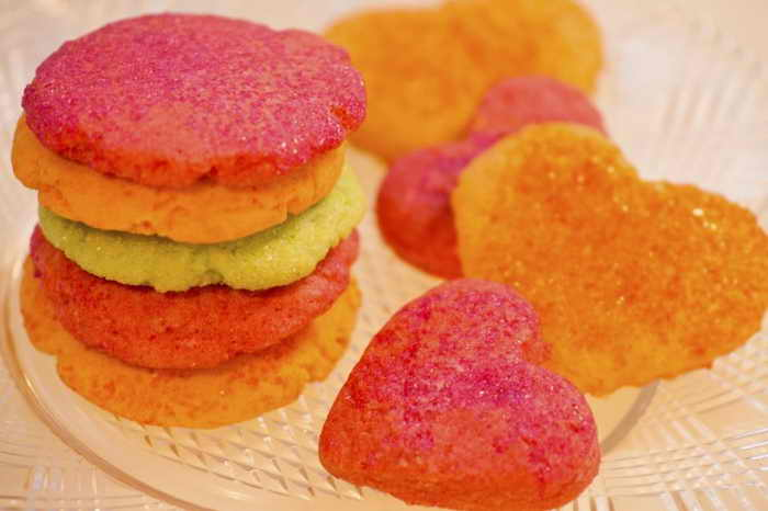 Малиновое печенье ко Дню влюблённых. Фото: Cat Rooney/EpochTimes