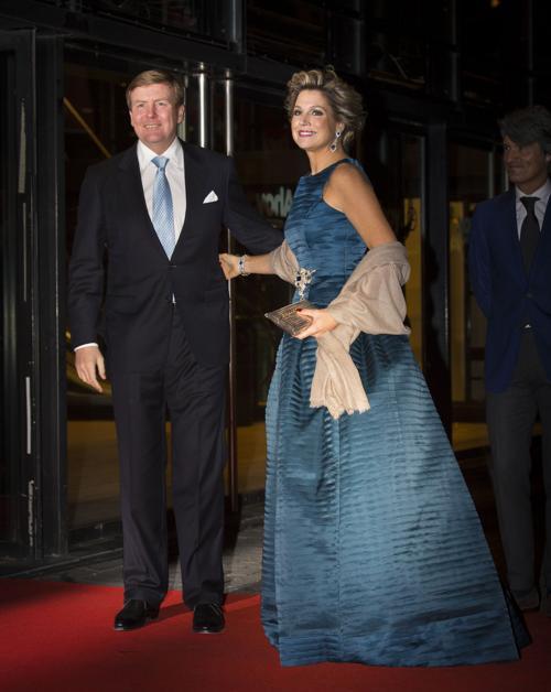 Король Нидерландов Виллем-Александр и королева Максима 1 февраля 2014 года на праздновании дня рождения принцессы Беатрикс, ранее царствующей в Нидерландах. Фото: Robin Utrecht-Pool/Getty Images