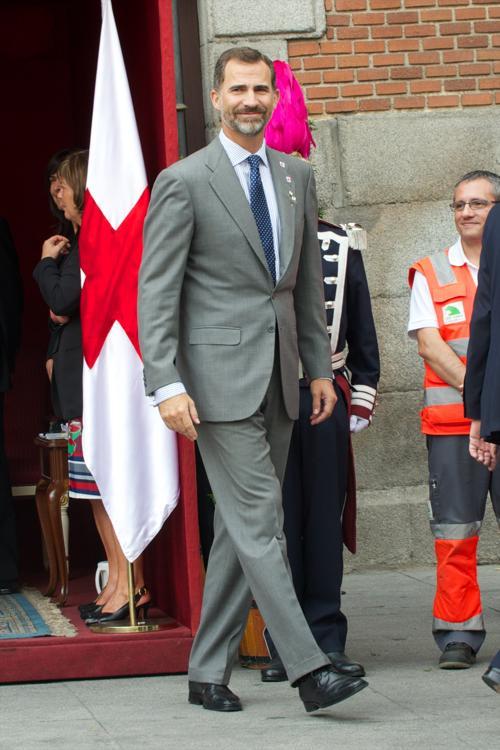 Принц Фелипе 3 октября 2013 года принял участие в сборе средств в Мадриде в День Красного креста. Фото: Carlos Alvarez/Getty Images