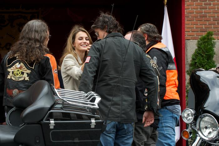 Принцесса Летиция 3 октября 2013 года приняли участие в сборе средств в Мадриде в День Красного креста. Фото: Carlos Alvarez/Getty Images