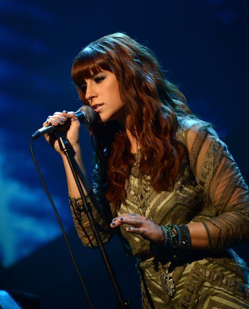 Певица Рэйчел Райнерт выступила на 51-й церемонии награждения лучших исполнителей музыки кантри премией ASCAP в Нэшвилле 4 ноября 2013 года. Фото: Michael Loccisano / Getty Images