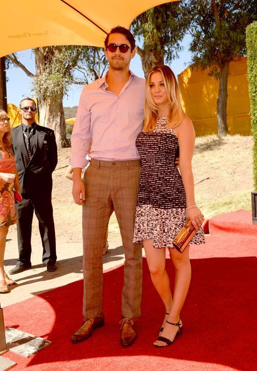 Актриса Кейли Куоко с Райаном Свитингом посетили благотворительный турнир по классическому поло, организованный с целью сбора средств на поддержание государственного исторического парка Лос-Анджелеса (США) 6 октября 2013 года. Фото: Jason Merritt/Getty Images for Veuve Clicquot