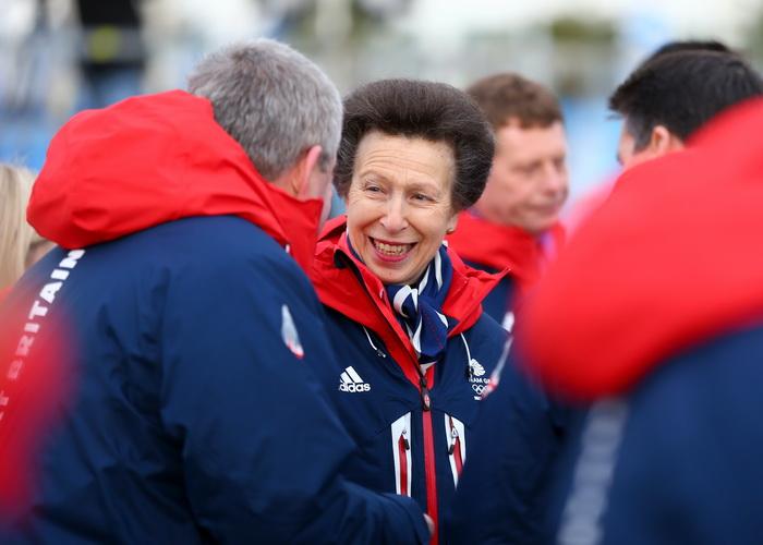 Представительница королевского двора Великобритании, принцеса Анна, в олимпийском Сочи на открытии зимних Игр 2014. Фото: Paul Gilham/Getty Images