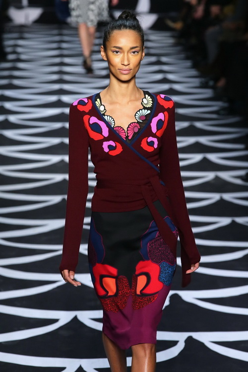 Модный дом Дианы фон Фюрстенберг представил на нью-йоркской Неделе моды 9 февраля новую женскую коллекцию Diane Von Furstenberg 2014. Фото: Neilson Barnard/Getty Images for Mercedes-Benz Fashion Week