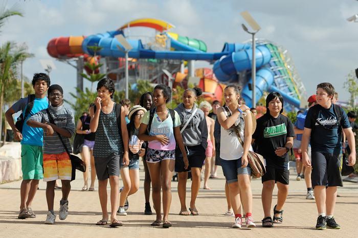 В австралийской столице Сиднее 11 декабря открылся самый большой водный парк в Южном полушарии, названный Wet «n» Wild. Фото: Brett Hemmings/Getty Images