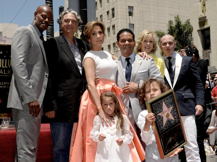 Дженнифер Лопес прибыла на церемонию закладки её именной звезды на Аллее славы Голливуда. Фото: Kevin Winter/Getty Images