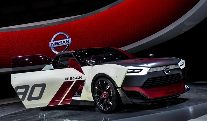 Компания Nissan представила IDx Nismo в стиле классического Datsun на открывшемся 20 ноября 2013 года автосалоне в Токио. Фото: Keith Tsuji/Getty Images