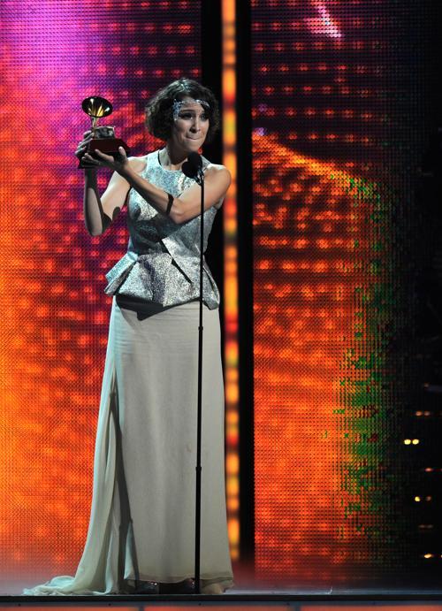 Лауреат премии «Латинская Грэмми» 2013 Габи Морено выступила на церемонии вручения наград 21 ноября 2013 года в Лас-Вегасе (США). Фото: Ethan Miller / Getty Images для LARAS