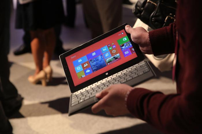 Презентация второго поколения устройств Microsoft Surface в Нью-Йорке 23 сентября 2013 года. Фото: Spencer Platt/Getty Images