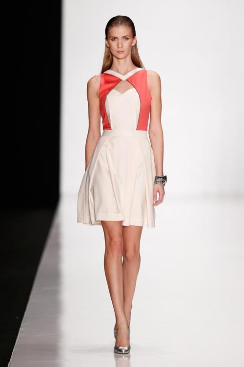 Армянский дизайнер Мари Аксель провела 27 октября 2013 года показ новой коллекции MARI AXEL 2014 на Неделе моды в Москве. Фото: Andreas Rentz/Getty Images for Mercedes-Benz Fashion Week Russia
