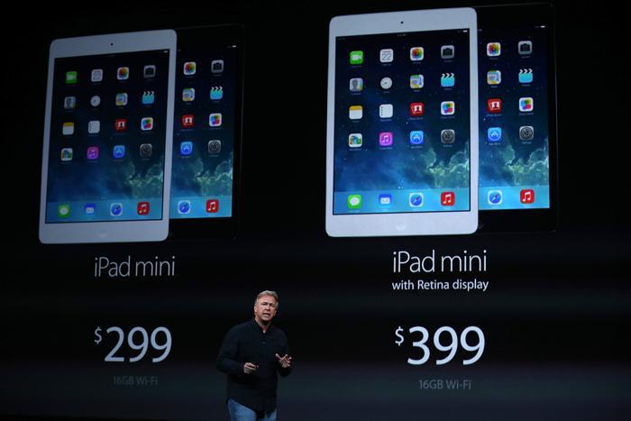 Глава Apple по международному маркетингу Фил Шиллер представляет iPad Mini. Фото: Justin Sullivan/Getty Images