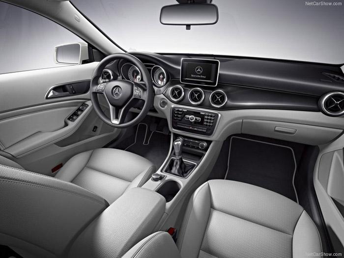 Салон Mercedes-Benz CLA-Class. Фото: netcarshow.com