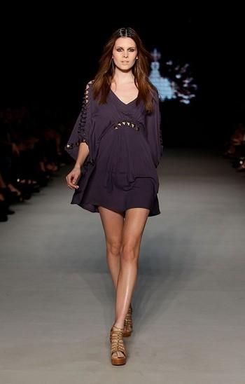 Коллекция от Hussy на австралийской Неделе моды весна-лето 2010/11. Фото: Getty Images