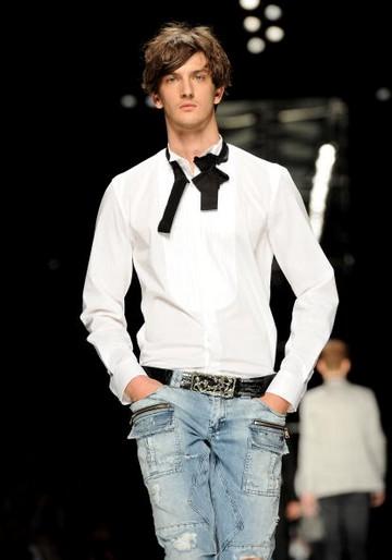 Мужская коллекция John Richmond весна-лето 2011 на милансой Неделе моды. Фото: Tullio M. Puglia/Getty Images