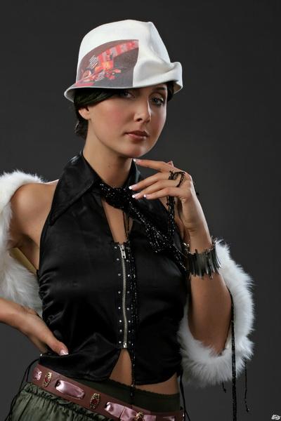 Шляпы эксклюзив от Елены Клестовой. Фото с klestova.org