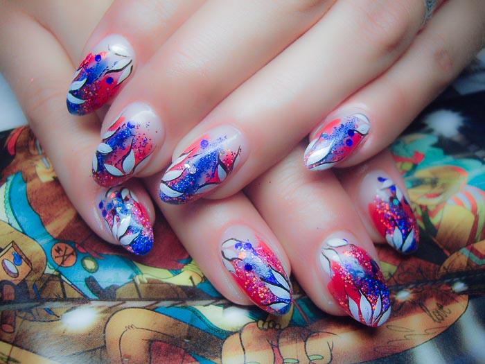 Весенний дизайн ногтей. Фото: Валентина Парашина