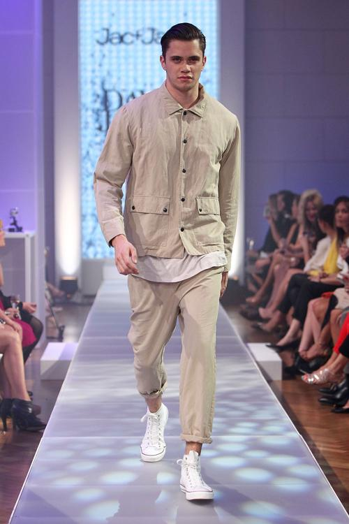 Мужская одежда из коллекции Dion Lee на показе David Jones S/S 2012/13 в Австралии.  Фоторепортаж. Фото: Graham Denholm/Getty Images