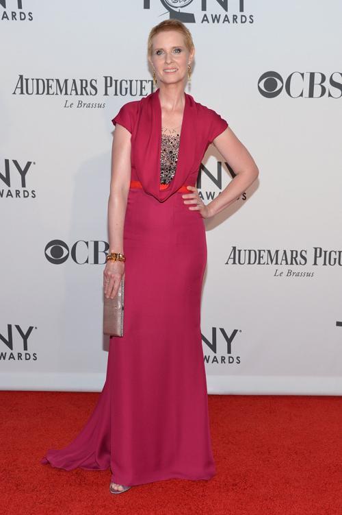 Наряды знаменитостей на церемонии награждения 66th Annual Tony Awards. Cynthia Nixon. Фоторепортаж. Фото: Mike Coppola/Getty Images