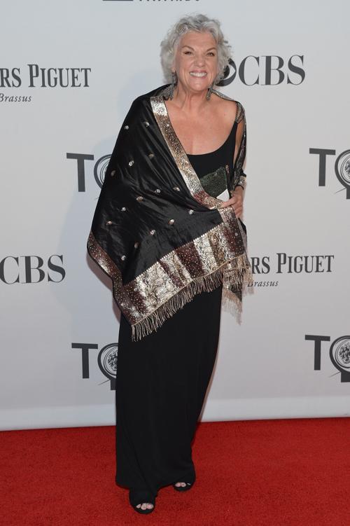Наряды знаменитостей на церемонии награждения 66th Annual Tony Awards. Tyne Daly. Фоторепортаж. Фото: Mike Coppola/Getty Images