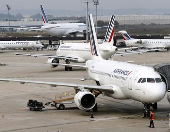 Французская авиакомпания приостановила сотрудничество с китайской Taeco. Фото: THOMAS SAMSON/AFP/Getty Images