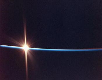 Загадочное свечение неба. Фото: Getty Images