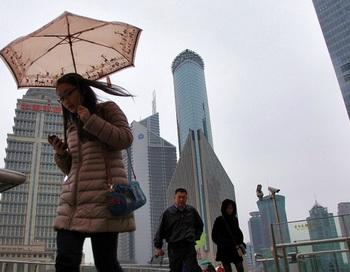 Финансовый район Lujiazui в Шанхае 15 января. Согласно недавнему исследованию Barclays Capital, строительный бум в Китае может быть признаком неизбежного краха экономики страны. Фото: Qilai Shen/Bloomberg via Getty Images