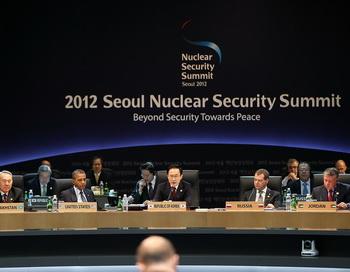 Саммит по ядерной безопасности открылся в Сеуле. Фото: Yonhap News/Getty Images