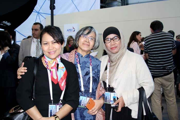Участники Международного женского форума 2012. Фото: Ульяна Ким/Великая Эпоха (The Epoch Times)