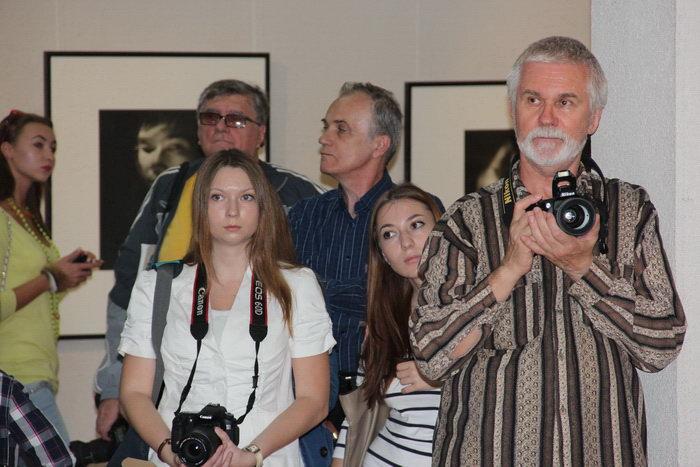 Открытие выставки в краевом выставочном зале  изобразительных искусств. Фото: Александр Трушников/Великая Эпоха (The Epoch Times)