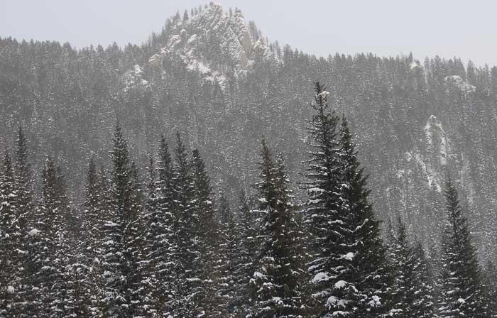 Что там, за горами? Фото: Максим  Кочетков/Великая Эпоха (The Epoch Times)