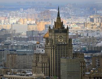 Автомобилистов Москвы ждут платная парковка в районе Бульварного кольца и мобильные «подсказки», начиная с 2013 года. Фото: Alexander Nemenov/AFP/Getty Images