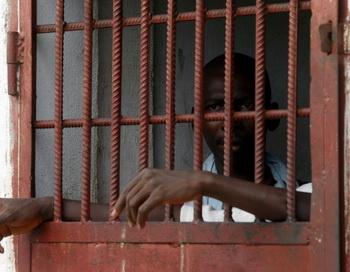 Несмотря на то, что ряд стран отменили смертную казнь, в прошлом году количество приведённых в исполнение смертных приговоров в мире стало больше, сообщает правозащитная организация Amnesty International. Фото: Geopges Gobet/AFP/Getty Imeges
