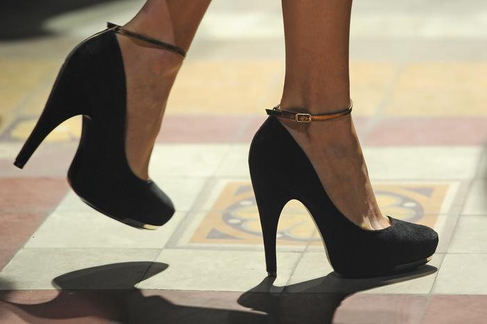 Коллекцию бренда Lanvin показали на Неделе моды в Париже.  Фото: Pascal Le Segretain/Getty Images