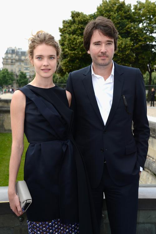 Модель Наталья Водянова с Анутаном Арно посетили показ Christian Dior в Париже 1 июля 2013 года. Фото: Pascal Le Segretain/Getty Images
