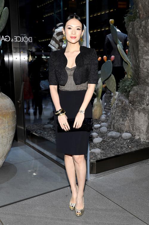 Актриса Джан Цзыи на открытии флагманского бутика Dolce & Gabbana на Пятой Авеню в Нью-Йорке. Фото:  Larry Busacca/Getty Images for Dolce&Gabbana