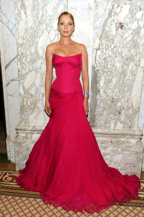 Ума Турман на модном вечере amfAR. Фото: Jamie McCarthy/Getty Images