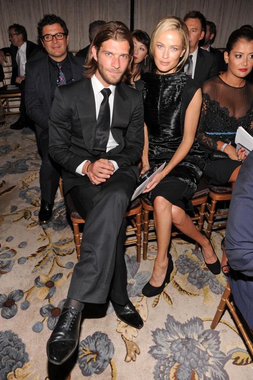 Линкольн Пилчер и модель Кэролин Мерфи на модном вечере amfAR. Фото: Jamie McCarthy/Getty Images