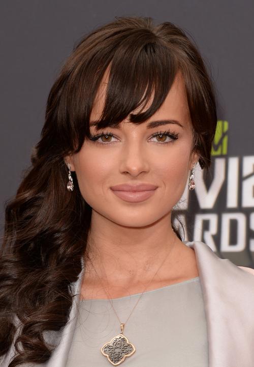 Знаменитости продемонстрировали модные тенденции причёсок. Фото: Jason Merritt / Getty Images