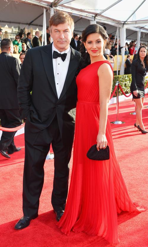 Актер Алек Болдуин и его жена Хилария Томас на церемонии вручения премии гильдии киноактёров США, 27 января 2013 года, Лос-Анджелес. Фото: Alberto E. Rodriguez / Getty Images
