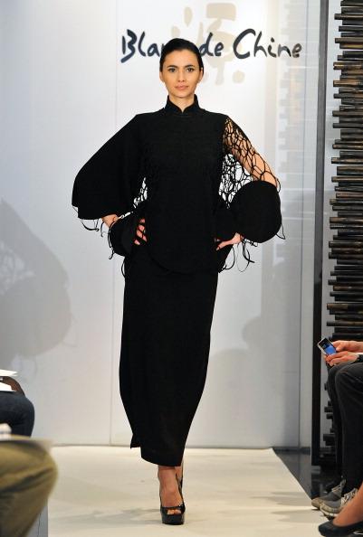Коллекция  Blanc de Chine на Неделе моды Mercedes Benz Fashion Week 2011, 11 февраля 2011,  Нью-Йорк. Фото: Slaven Vlasic/Getty Images