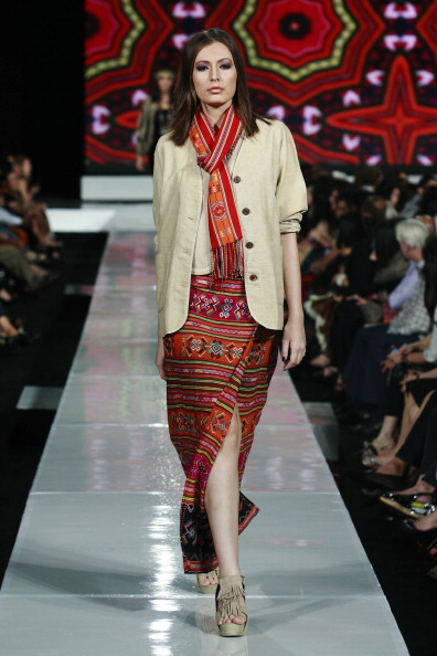 Презентация коллекции от  Ghea Pangabean  на Неделе моды 2010 в Джакарте, Индонезия. Фото: Ulet Ifansasti/Getty Images for Jakarta Fashion Week