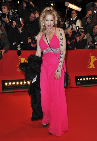 Наряды гостей на открытии 61 кинофестиваля Berlinale, 10 февраля 2011, Берлин, Германия. Фото:  Pascal Le Segretain/Getty Images