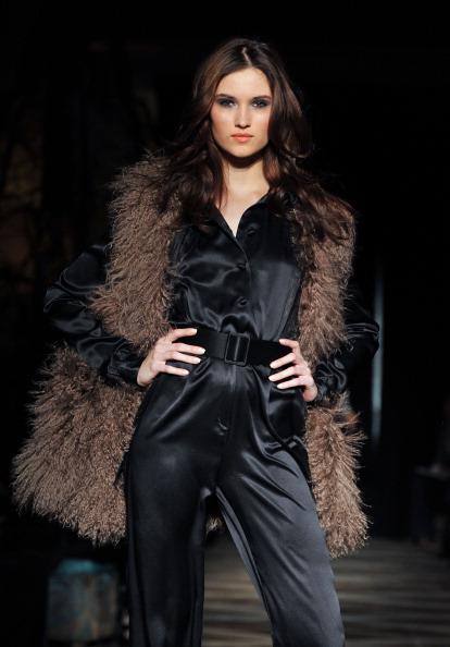 Неделя моды Mercedes Benz  Fashion Week 2011, 9 февраля 2011, отель Soho Grand, Нью-Йорк.  Фото: Slaven Vlasic/Getty Images