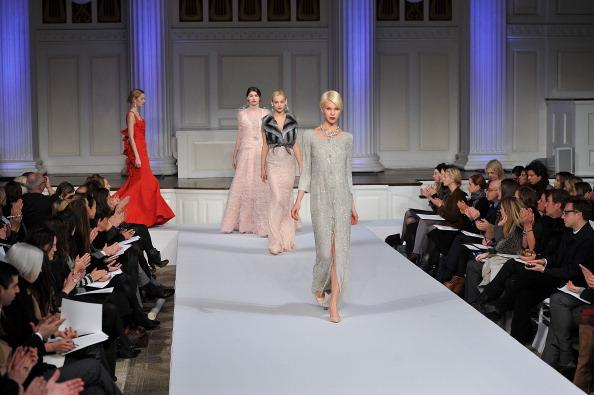 Презентация коллекции Oscar De La Renta  2011, 6 декабря 2010 г., Нью-Йорк. Фото: Slaven Vlasic/Getty Images