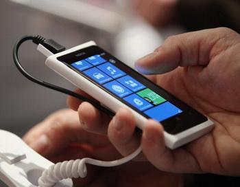 По прогнозу эксперта по вопросам компьютерной безопасности Евгения Касперского,  Google скоро станет лидером продаж на рынке смартфонов и планшетов. Фото: Sean Gallup/Getty Images